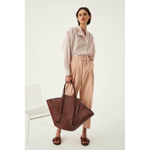 Oroton Klara Large Tote in Nutmeg and Smooth Leather for female