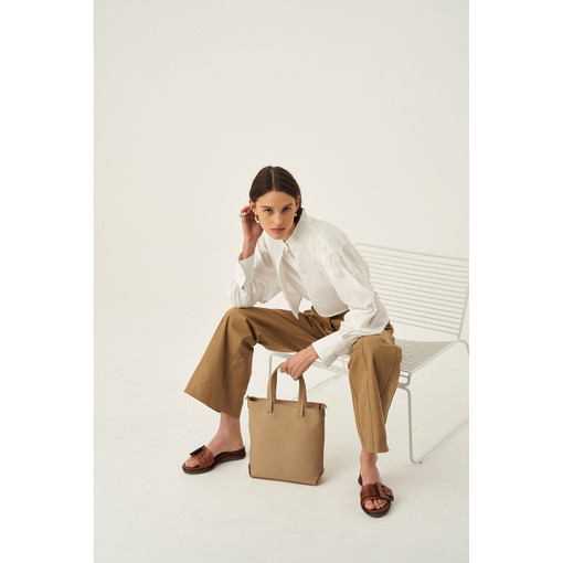 Oroton Minna Small Tote in Khaki and Smooth Leather for female