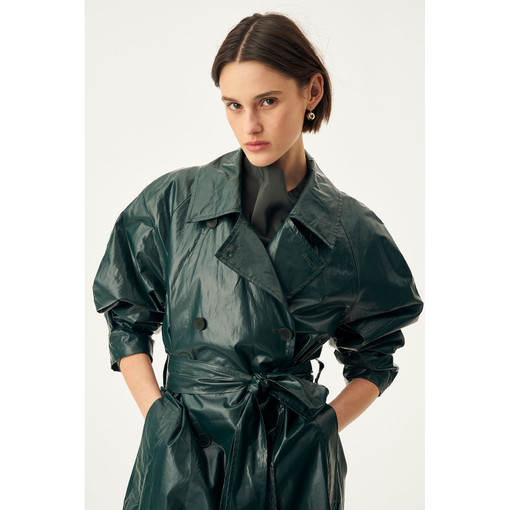 Oroton Coated Trench in Ivy and 100% PU Coating, Base Cloth 100% Cotton for female