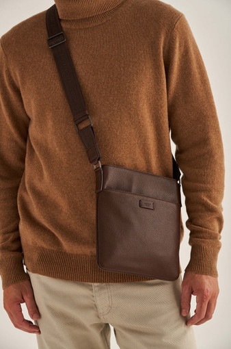 Oroton Harry Pebble Messenger Bag in Cedar and Pebble Leather for male