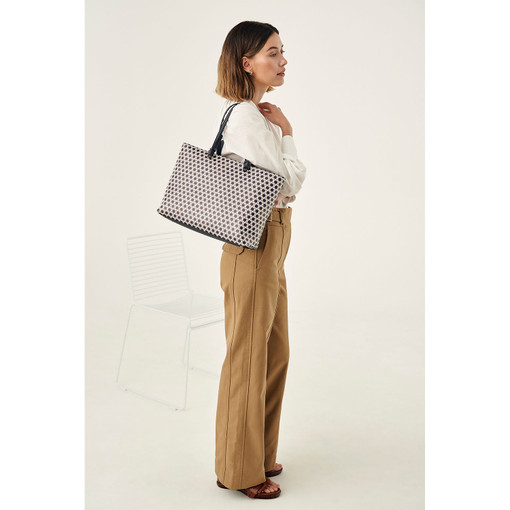 Oroton Atlas Shopper Tote in Midnight Blue Print and Printed Pebble Leather for female