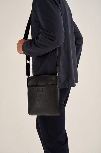Oroton Harry Pebble Messenger Bag in Black and Pebble Leather for male