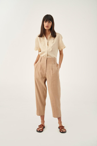Oroton Tapered Pant in Dark Treacle and 65% Linen 34% Cotton 1% Elastane for female
