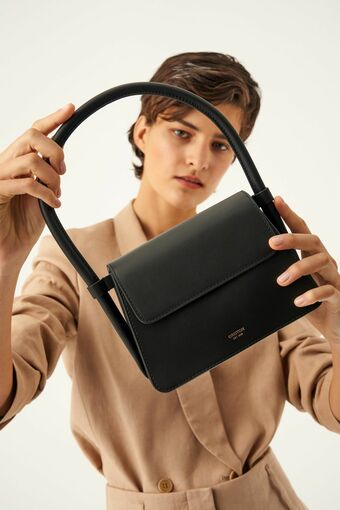 Oroton Arden Small Bag in Black and Smooth Leather for female