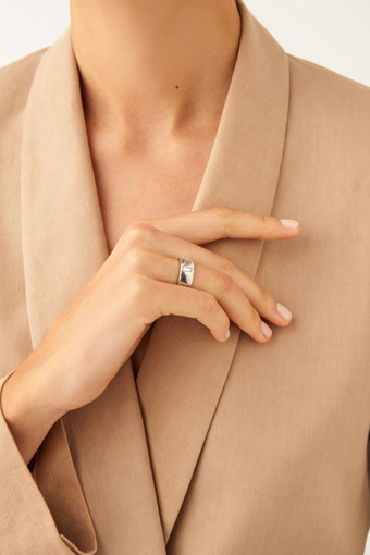 Oroton Peta Wide Ring in Silver/Clear and null for female