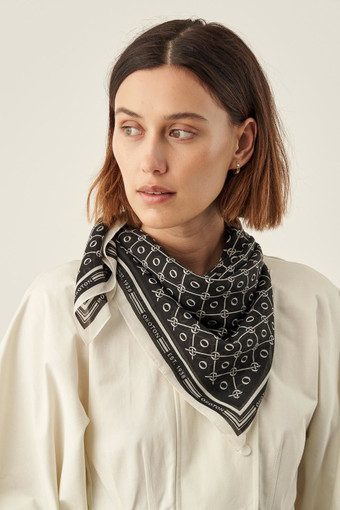Oroton Elsie 90 X 90CM Scarf in Black/Cream and null for female