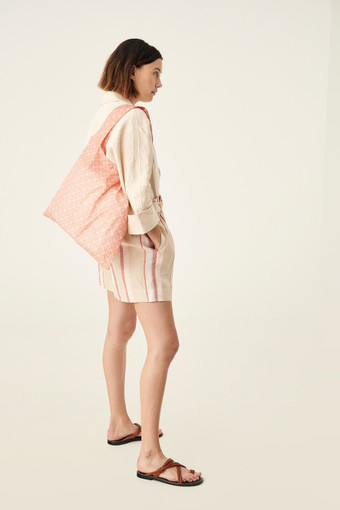 Oroton Elsie Packable Tote in Peach Kiss/Cream and Printed Nylon Fabric for female