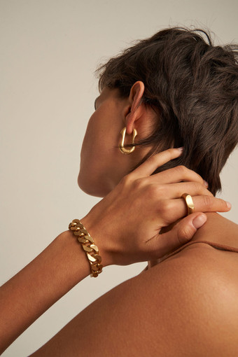 Oroton Noa Bracelet in Worn Gold and Brass Base Metal With Worn Gold Finished for female