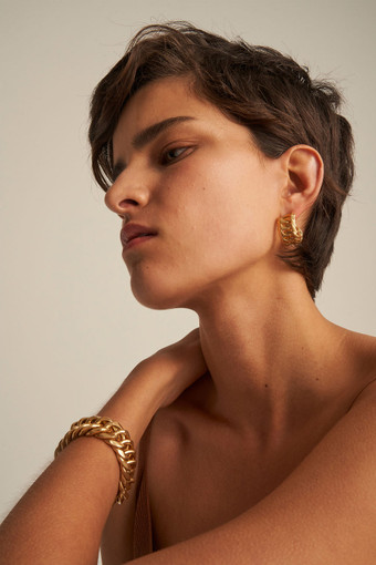 Oroton Mika Hoops in Worn Gold and Brass Base Metal With Worn Gold Finished for female