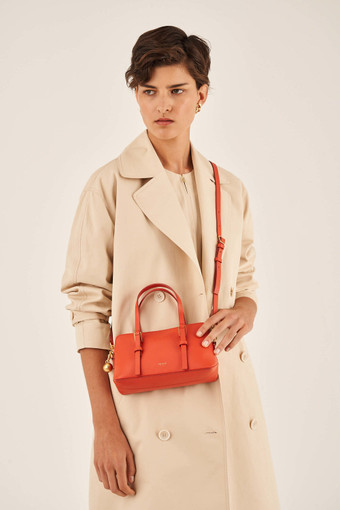 Oroton Willow Small Day Bag in Poppy and Smooth Leather for female