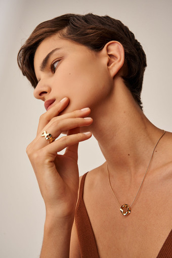 Oroton Quai Necklace in Gold and Brass Base Metal With Precious Metal Plating for female