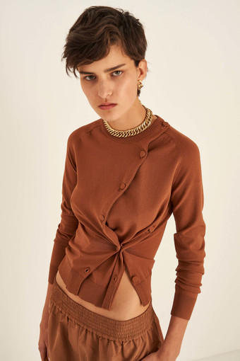 Oroton Button Detail Cardi in Cognac and 83% Viscose 17% Nylon for female