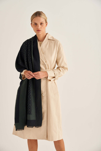 Oroton Hannah Scarf in Black and 40% Acrylic, 33% Viscose, 20% Nylon And 7% Wool for female