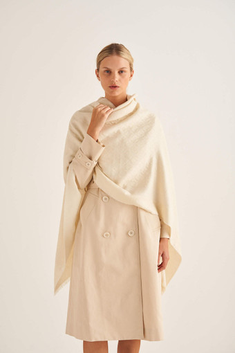 Oroton Hannah Scarf in Cream and 40% Acrylic, 33% Viscose, 20% Nylon And 7% Wool for female