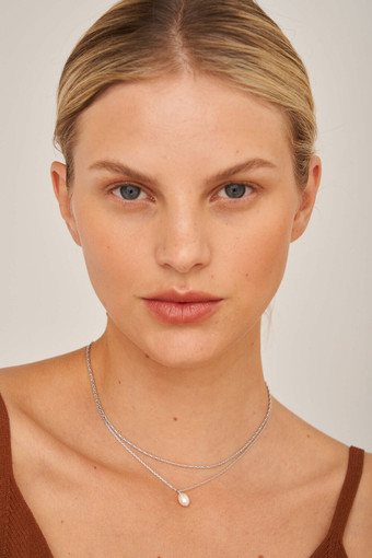 Oroton Sadie Pearl Necklace Set in Silver and null for female