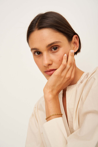 Oroton Zabel Bracelet in Gold and Brass Base Metal With Precious Metal Plating for female