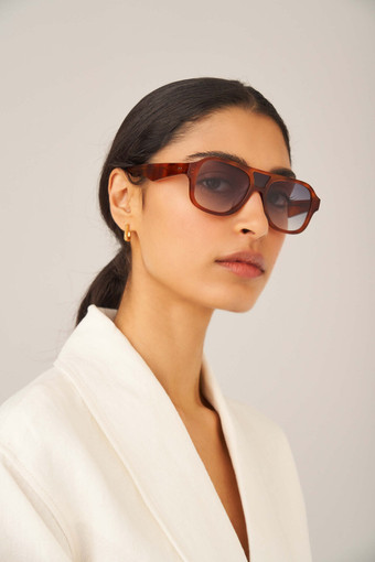 Oroton Perry Sunglasses in Honey Tortoiseshell and Acetate for female