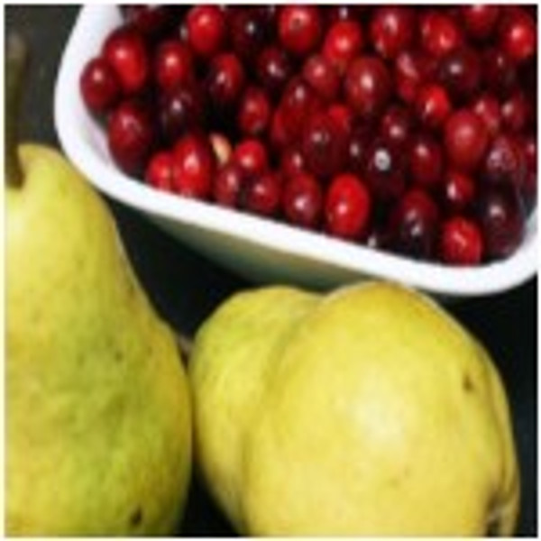 This versatile Cranberry-Pear White Balsamic is clean and tart with a lovely deep blush of cranberry and crisp-fruity notes of pear.