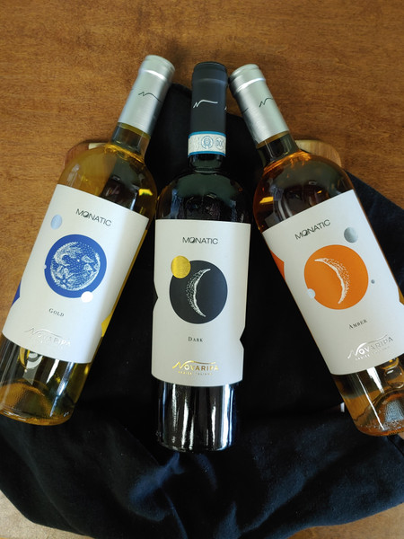 Monatic Amber wine from Novaripa Winery in Ripa Teatina, Italy. Pinot Grigio