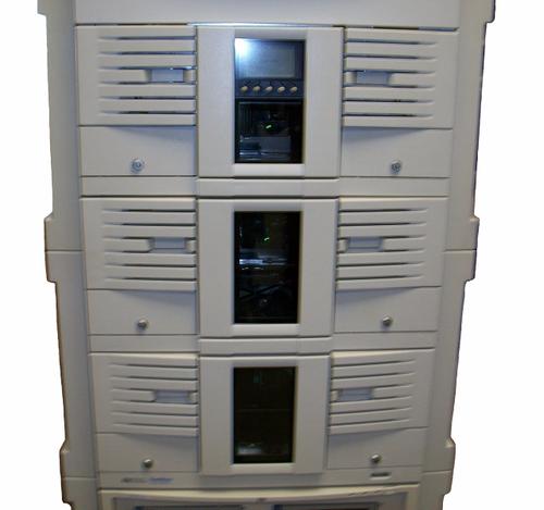 HP A6319A SureStore 6/60 Ultrium Tape Library