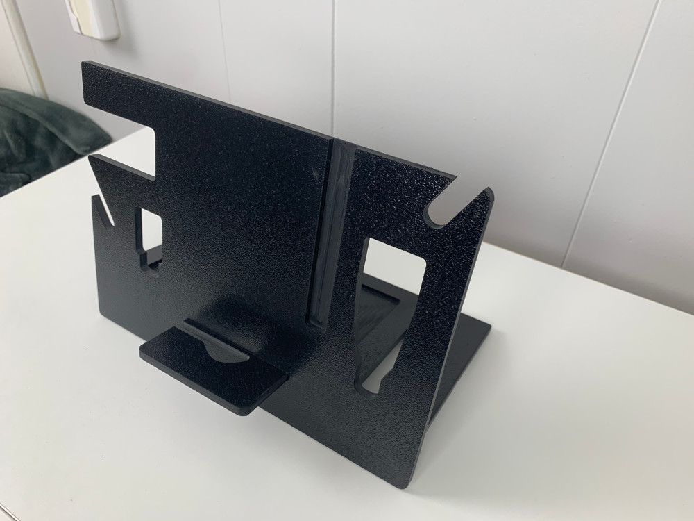 The EDC Stand is compact, light weight and super functional. A must have for all your EDC gear.