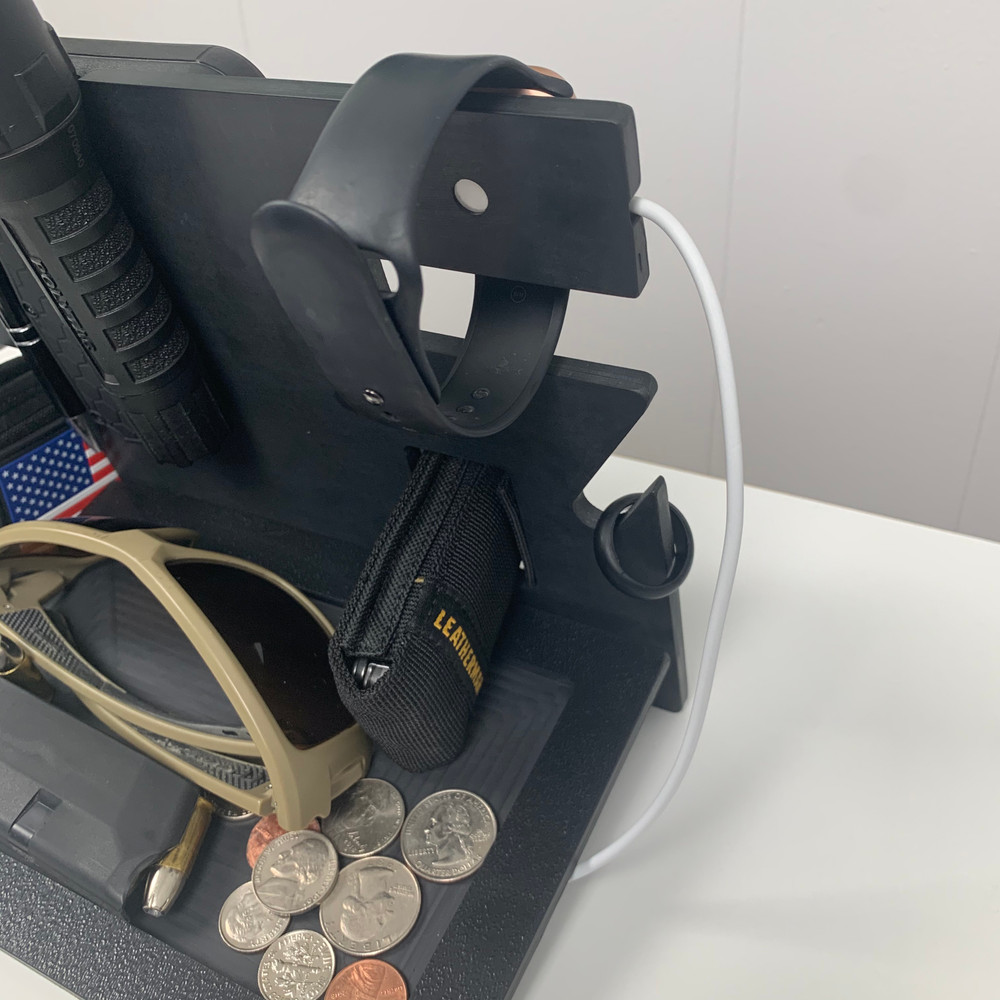 EDC Stand 2.0 (Every Day Carry Stand Apple Watch Compatible)