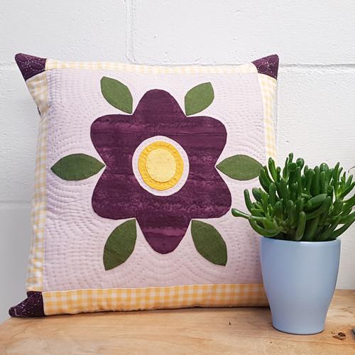 Needle Turn Applique Workshop with Yasmeen K Branton of Sand & Stars hand sewing studio  at Purple Stitches, North Hampshire, UK