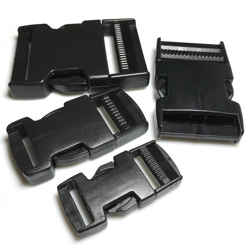 Selection of sizes in heavy duty side release buckles, all black in colour.