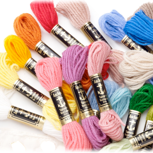 Anchor tapestry skeins in assorted colours, each 10 meters in length.