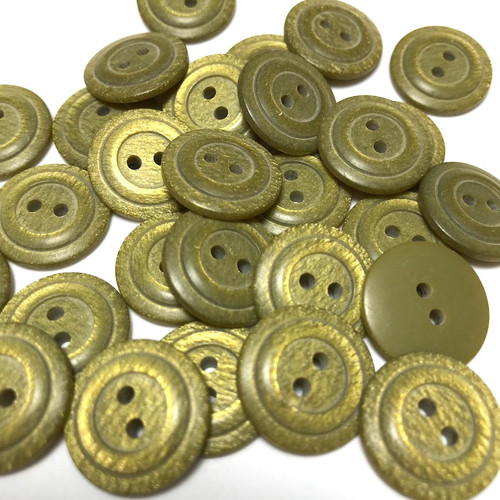 Olive Green Shimmer Button 18mm 33pc