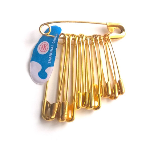 Safety pins in a bunch of twelve pins. Different sizes available plus a mix sized bunch.