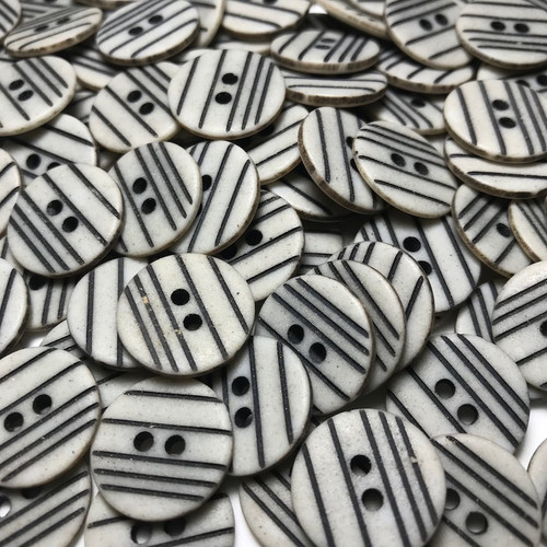 Grey with Black Stripe Button 17mm