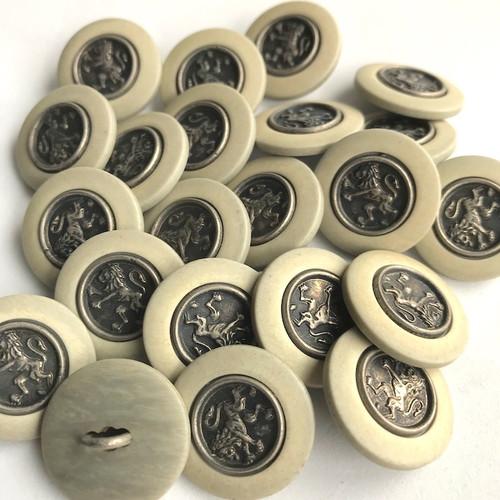 Livery Lion Bronze Shank Button 20mm