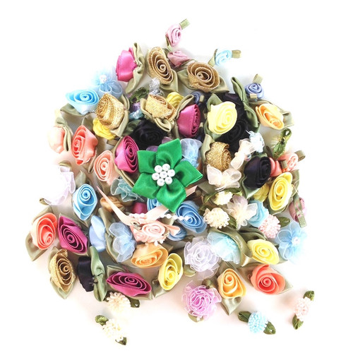Mixture of 100 assorted ribbon roses.
