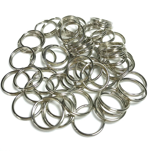 Chrome plated split rings in packets of 50 pieces, various sizes available.