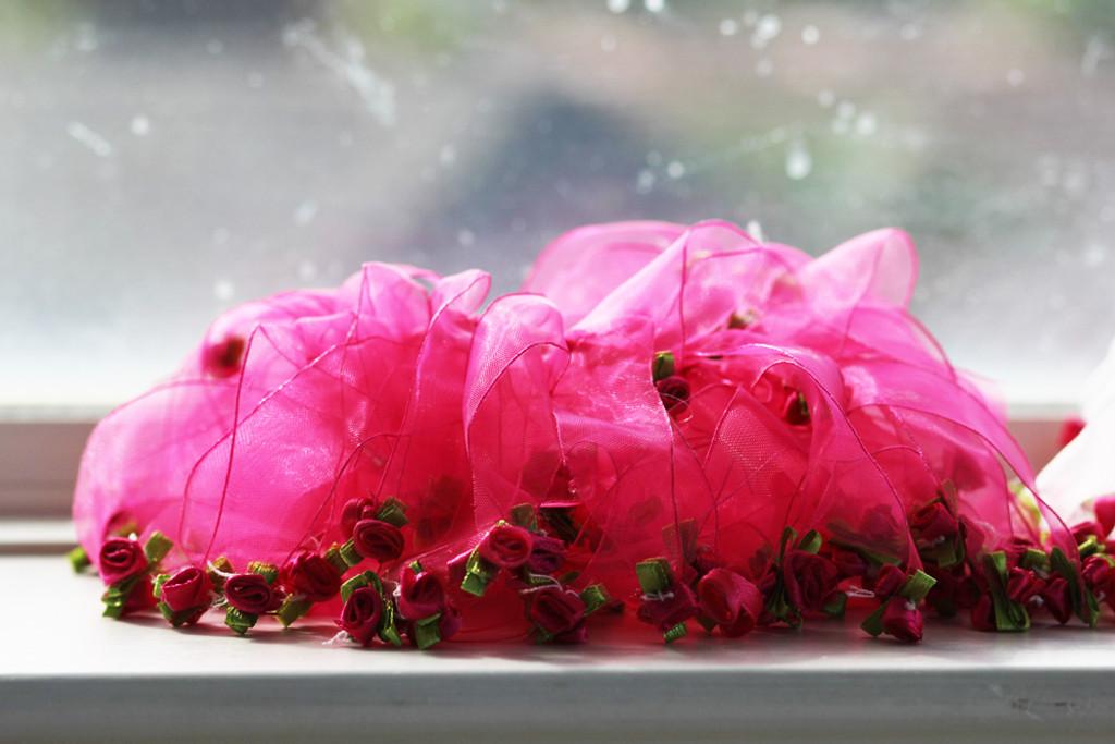 fuchsia rose party collar