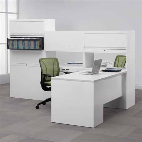 Global StreamLINE Metal L Desk with Laminate Top STM502R