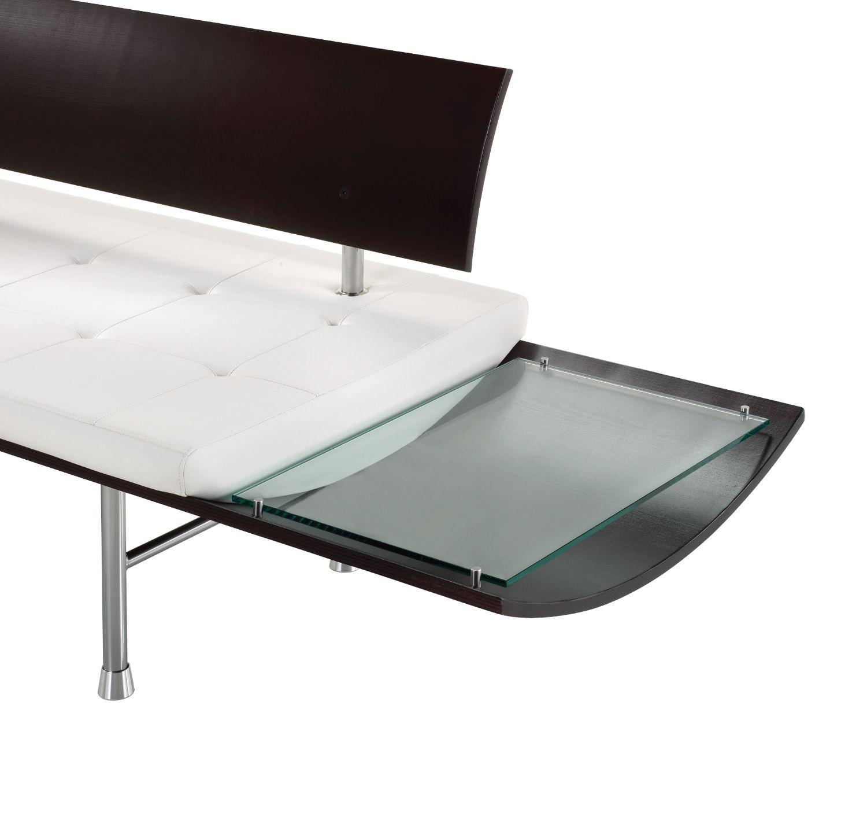ki kurv glass side table