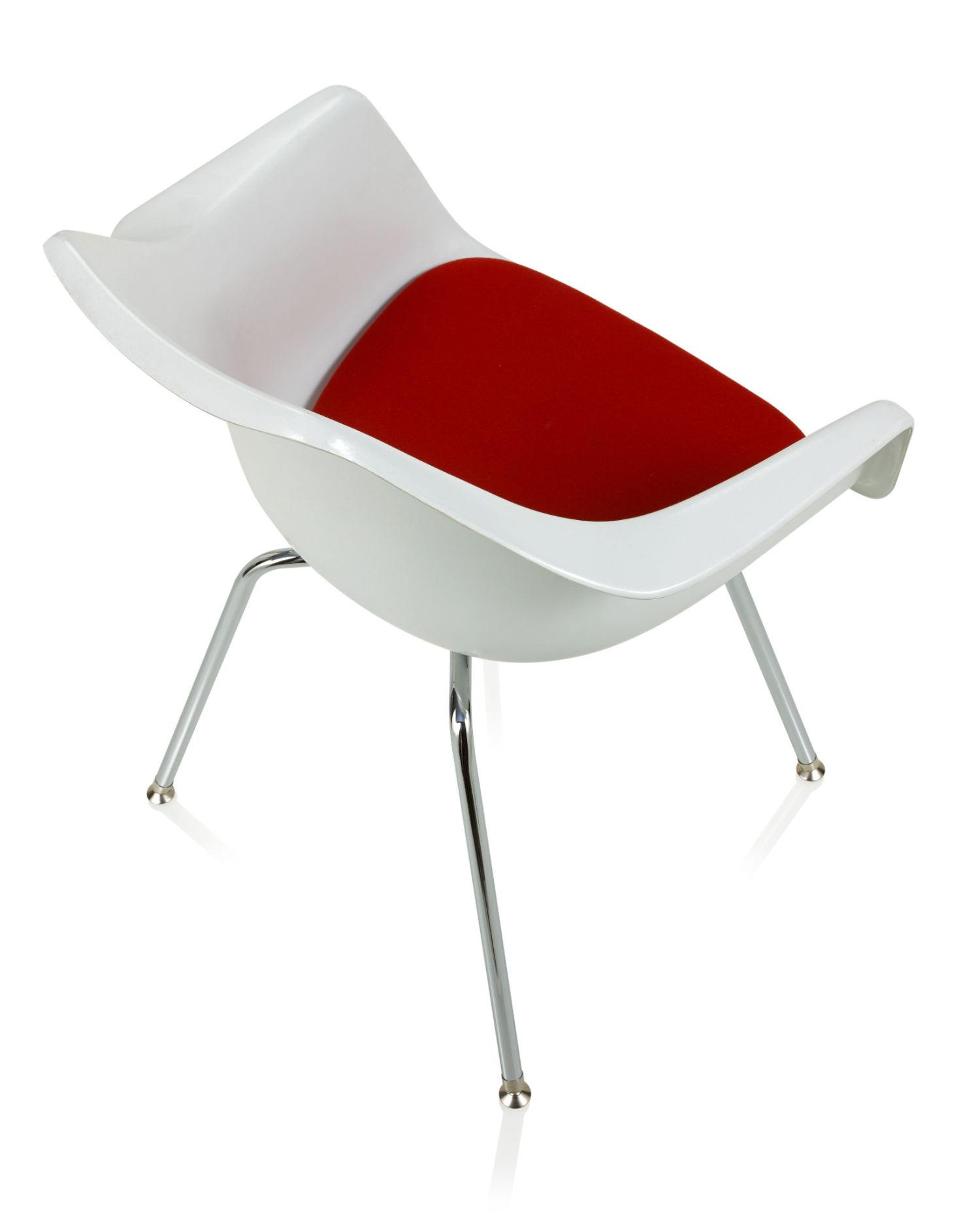 ki jubi guest chair - aerial profile