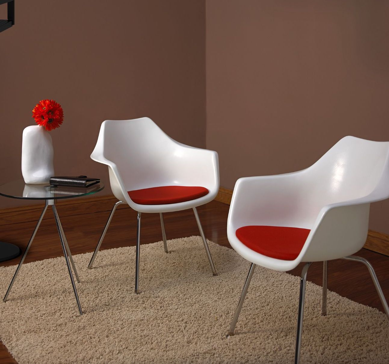 ki jubi guest chairs in reception space