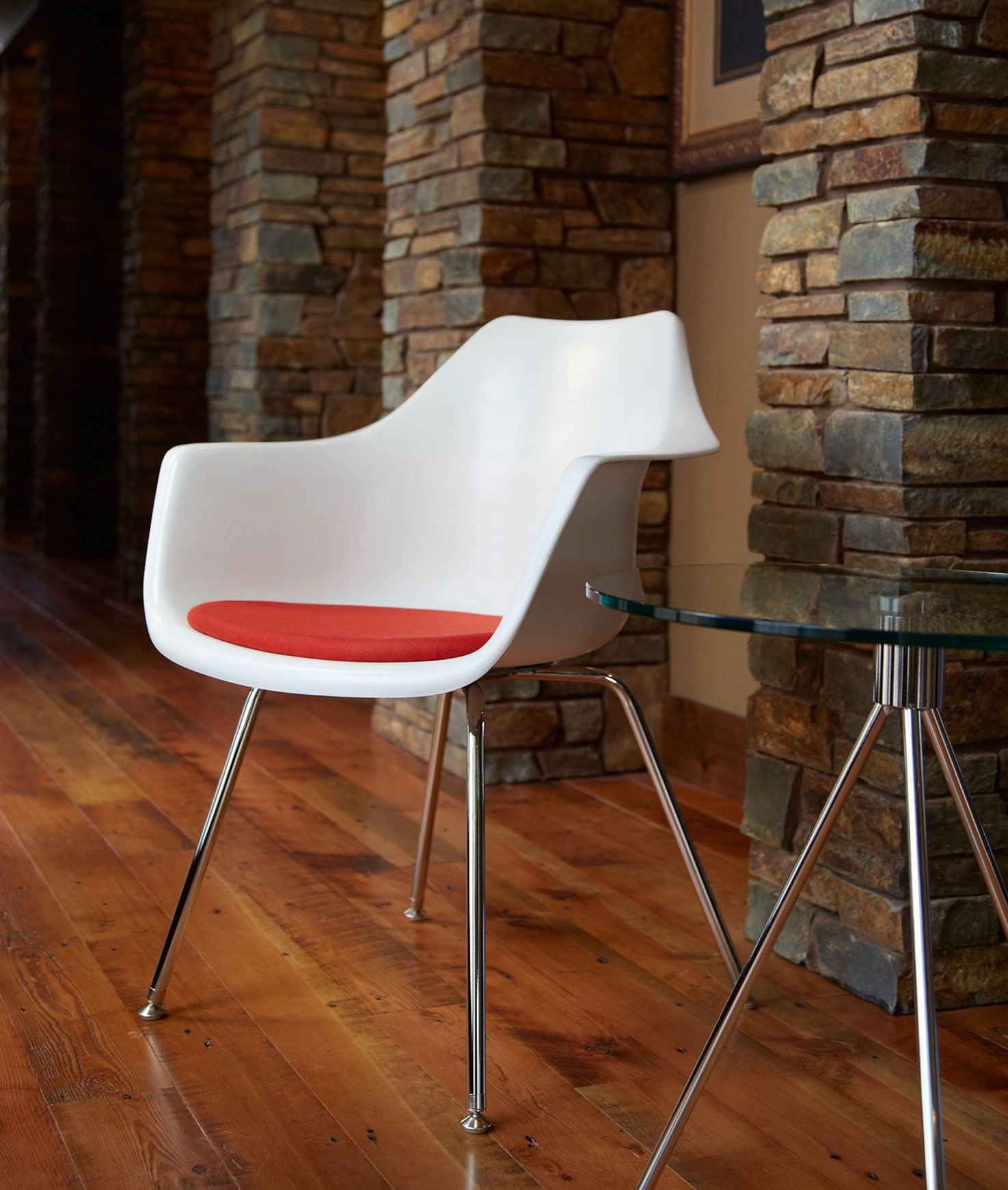 Swell Ki Jubi Modern Guest Chair Beatyapartments Chair Design Images Beatyapartmentscom