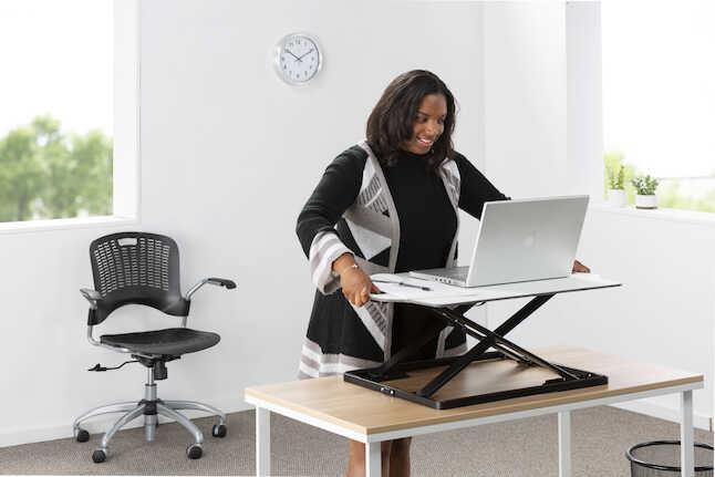 safco ergonomic sit stand workstation 2182wh