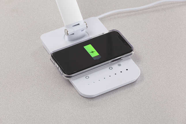 vamp charging pad with phone