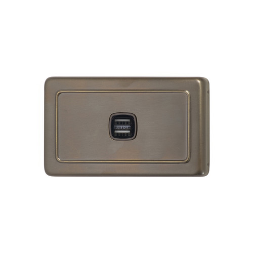 Antique Brass USB Outlet Horizontal Aspect