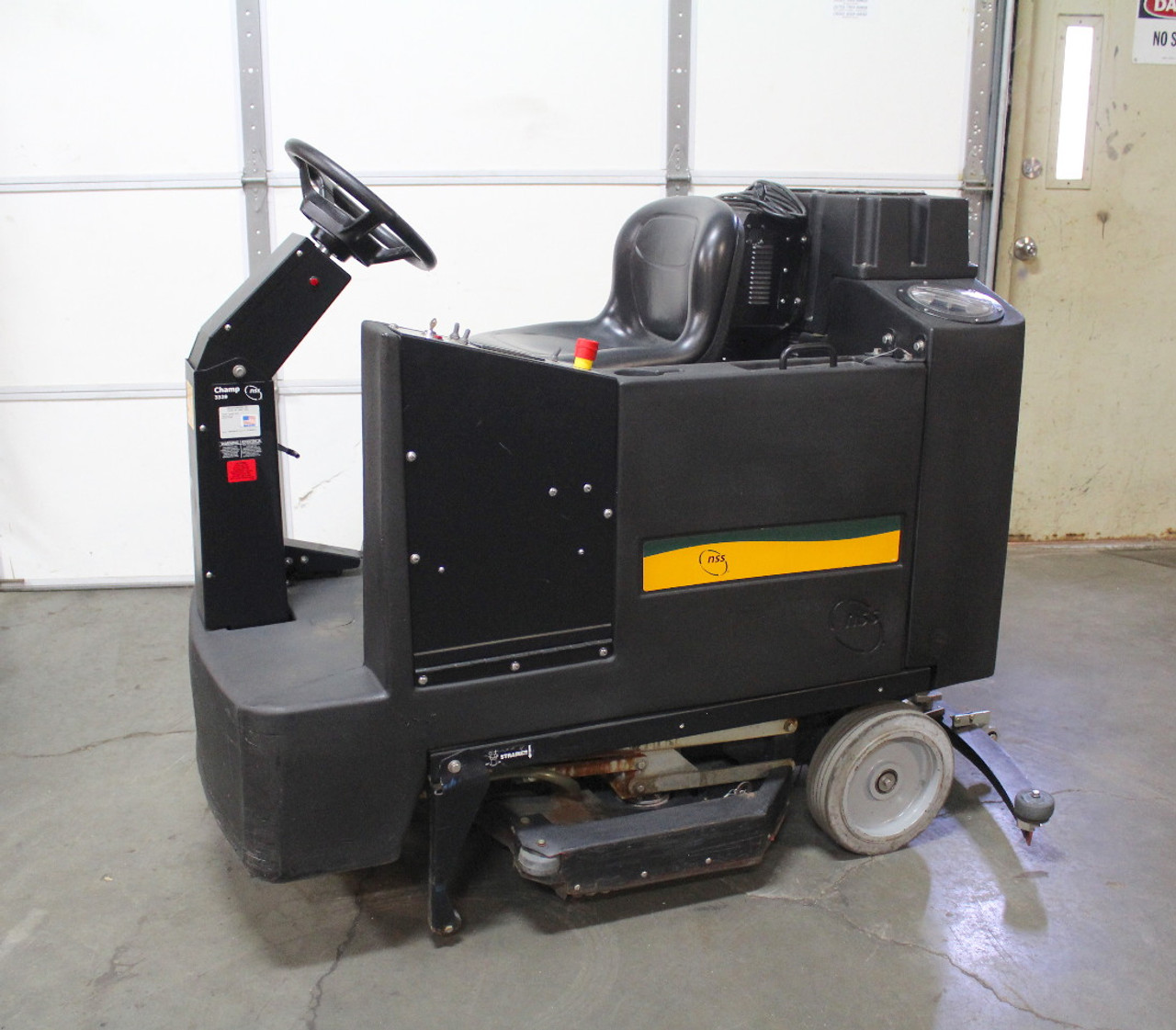 """NSS Champ 3329 Ride-On Automatic Floor Scrubber 36V 35"""" Scrub Path"""