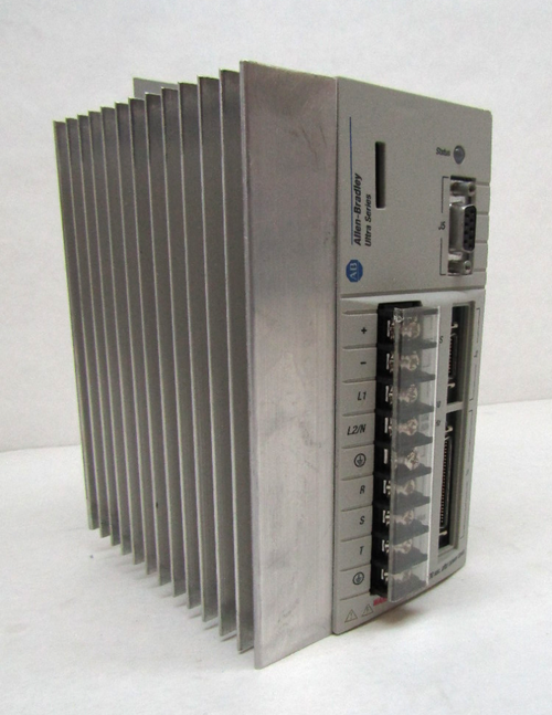 Allen Bradley 1398-DDM-Allen Bradley 1398-DDM-009X Ser. A Ver. 1.36 Ultra Series Servo Drive, 120/240VAC019 Ultra Series Servo Drive 9101-1533