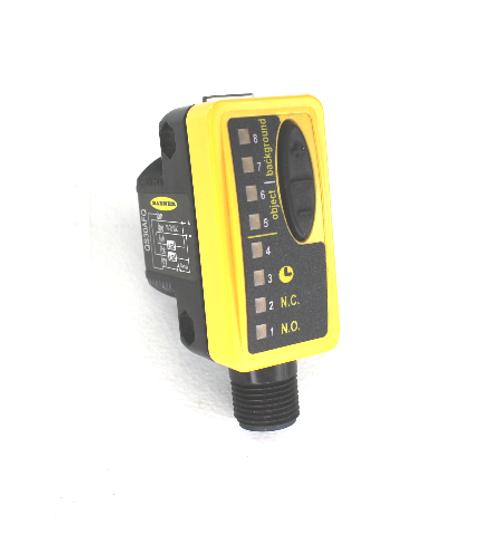 Banner QS30AFQ High-Performance World-Beam Photoelectric Sensor w/ Quick Disconnect 10-30VDC