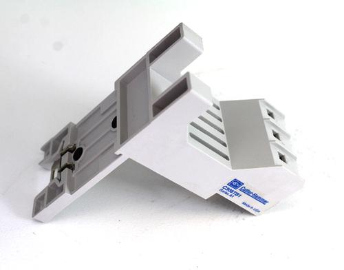 Cutler-Hammer C306TB1 Terminal Base Mounting Adaptor