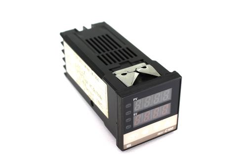 RKC Instrument C100DK01-M*NN Temperature Controller, 100~240V AC, 50/60Hz, 17VA