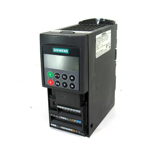 Siemens 6SE6440-2UD13-7AA1 AC Drive Inverter, 380-480V, 2.2 Amp, 47-63Hz, 0~650Hz